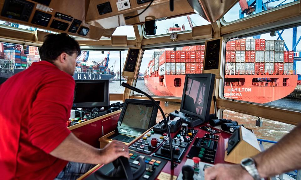 Assistenz im Hamburger Hafen