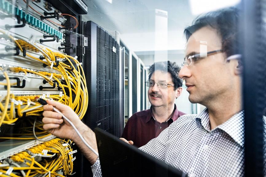 IT-Security-Experten des TÜV-Rheinland simulieren Angriffe auf die IT-Infrastruktur unterschiedlichster Auftraggeber