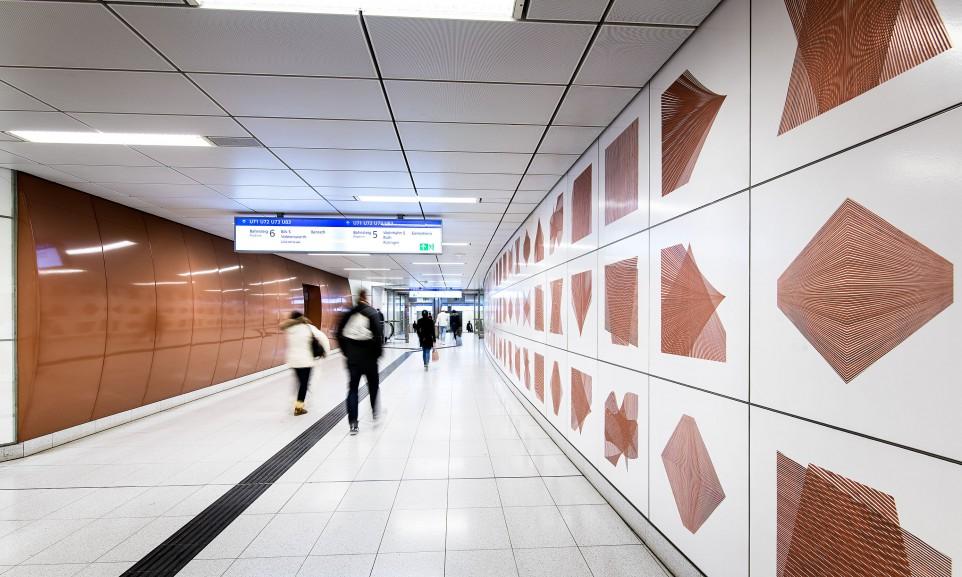 Die U-Bahn-Station Heinrich-Heine-Allee gehört zu den sechs aufwändig gestalteten Stationen der Wehrhahnlinie